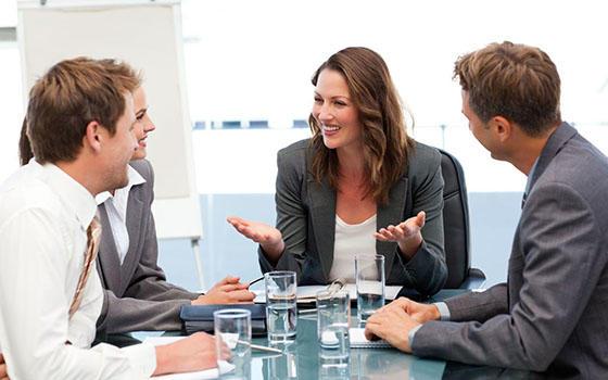 Curso online de Comunicación No Verbal para Empresarios & Timbre, Voz y Gesticulación