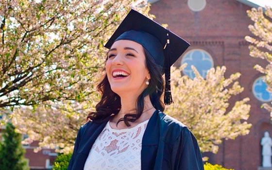 Doble Master Universitario en Administración de Empresas + Experto en Contenidos Digitales