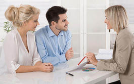 Pack de 4 Cursos a distancia (Online) de Experto en Atención al Cliente y Calidad en el Servicio